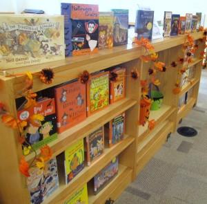 halloween front display