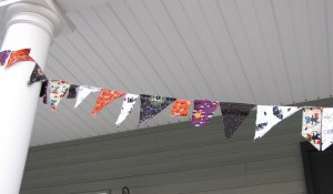 up close halloween bunting