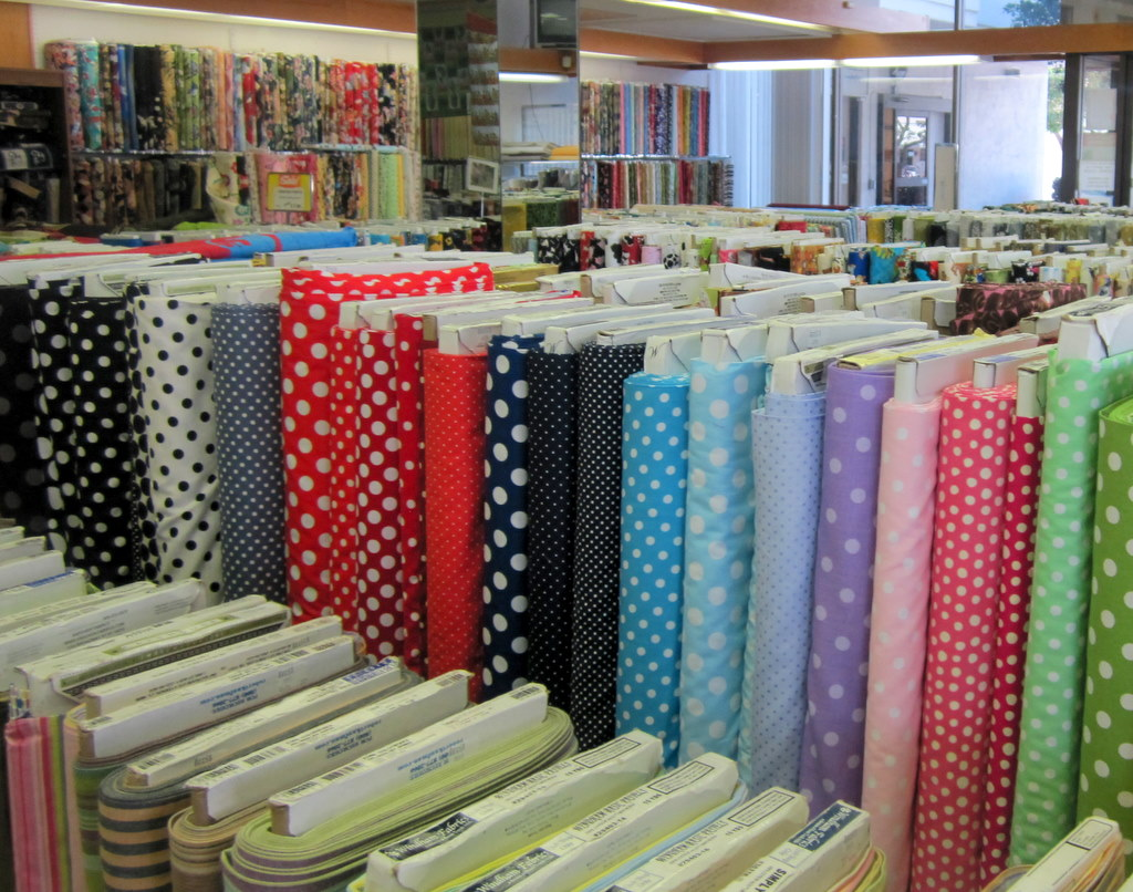 Travelogue: Oahu Quilting   Jackie Reeve : quilt shops honolulu - Adamdwight.com